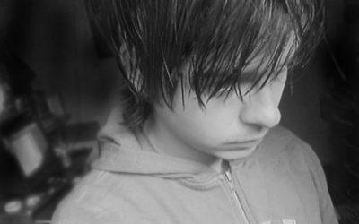 Prevenir el suicidio en adolescentes y jóvenes